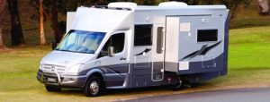 autocaravana con módulos extensibles, que amplían el espacio interior disponible.